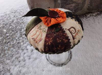 Pumpkin Pie Pincushion, another view