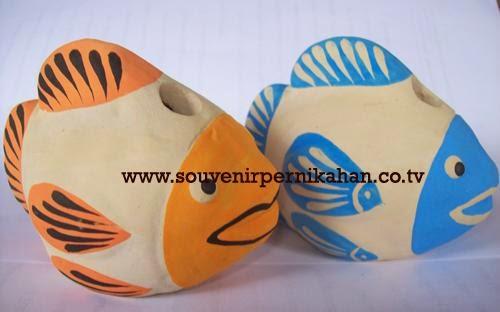 souvenir tempat pensil berbentuk ikan