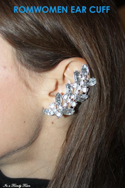 Romwomen ear cuff
