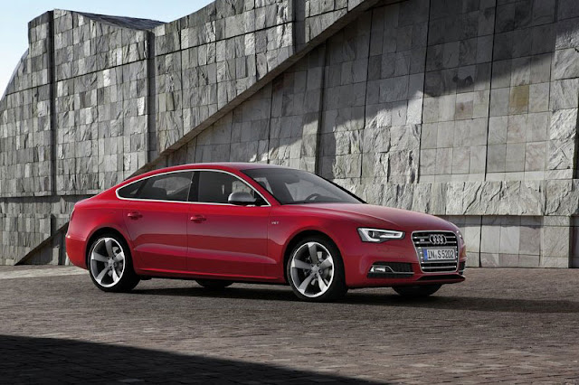 2012 Audi S5 SportBack Front Exterior