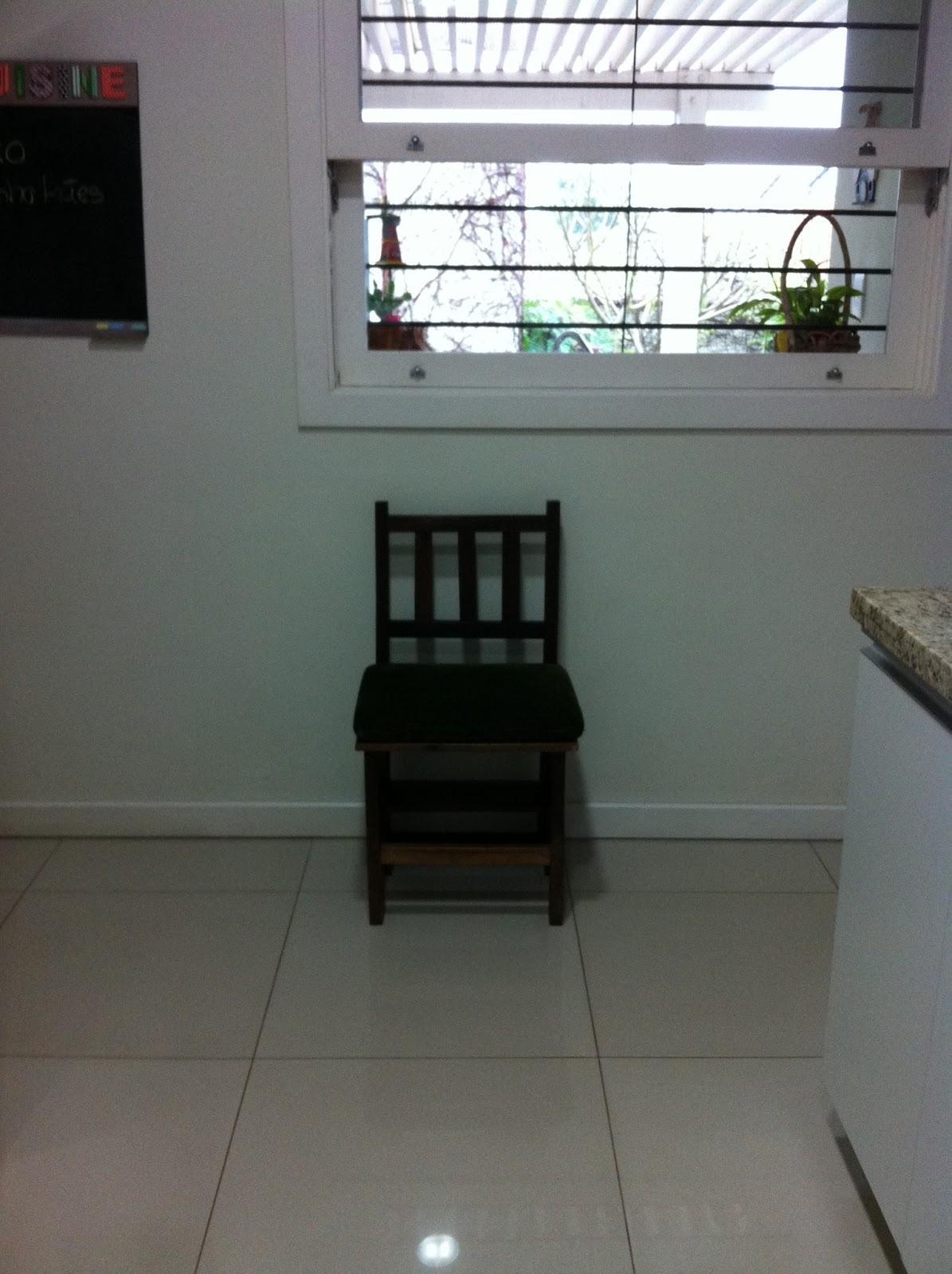 #536878 terça feira 25 de junho de 2013 1195x1600 px era a cadeira de balanço que fazia assim @ bernauer.info Móveis Antigos Novos E Usados Online