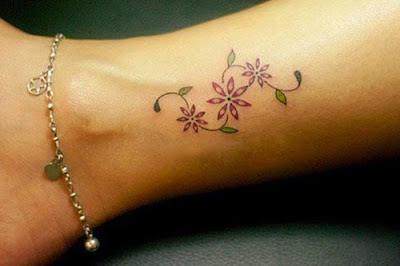 Mẫu hình xăm nhỏ đẹp ở chân cho nữ 2