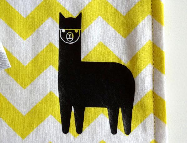 Eco-Friendly Reusable Alpaca Sandwich Bag | popperandmimi.com