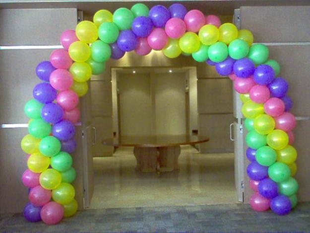 Juegos hechos en casa para fiestas de niños | eHow en Español