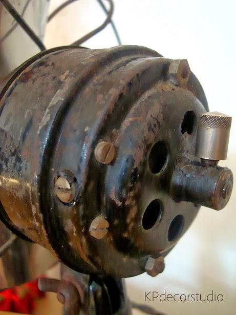 ventiladores antiguos numax restaurados color negro con protector de aspas