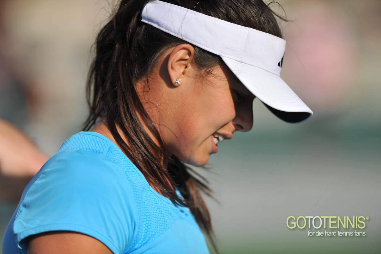 http://4.bp.blogspot.com/-v6QcOCHiPtE/TigysSHEcQI/AAAAAAAAAWk/nppmqg43rDw/s1600/ana-ivanovic-practices-indian-wells13.jpg