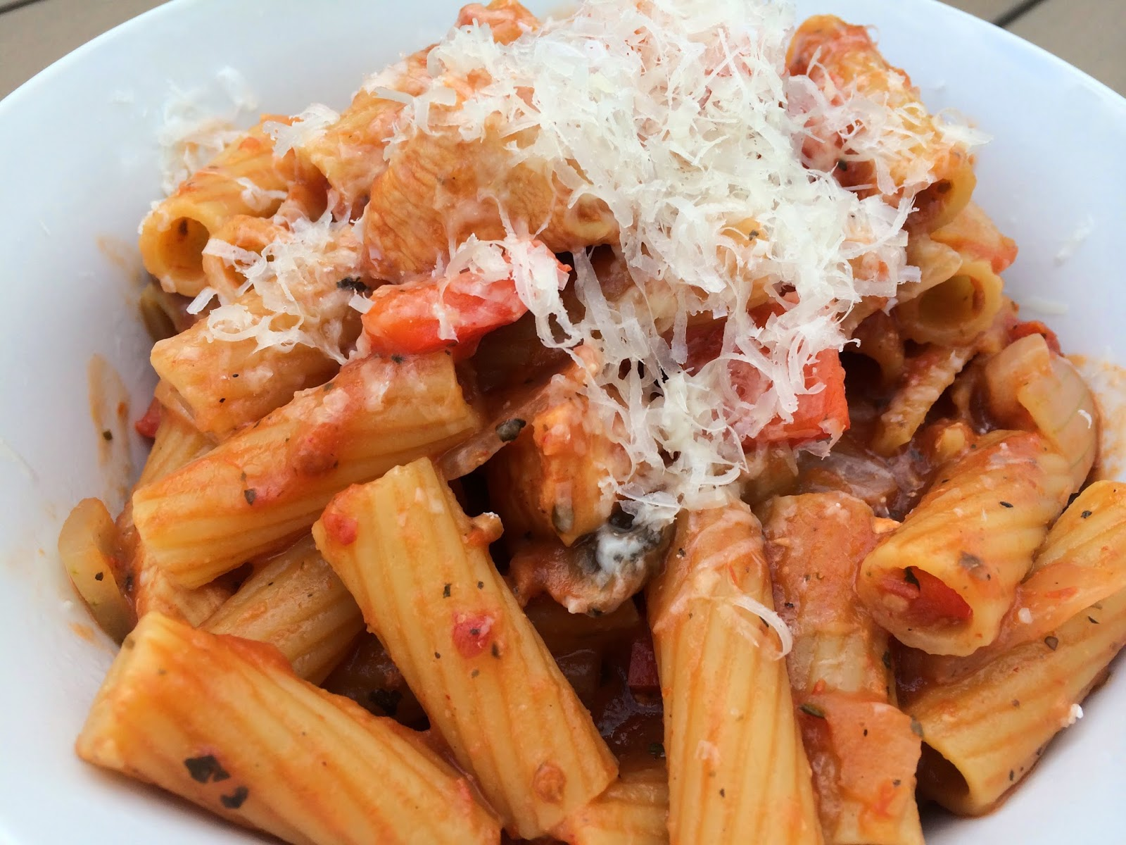 One Pot Pasta: Chicken Rigatoni