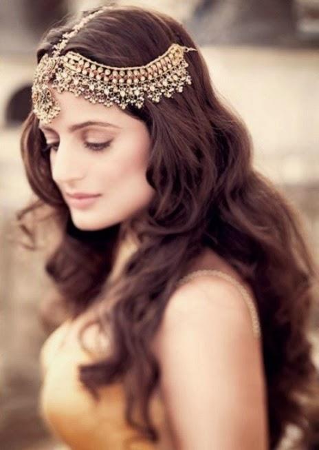 Ameesha Patel HD Wallpapers Free Download