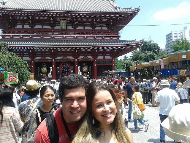 Entrada do templo Senso-ji em Tóquio, Japão