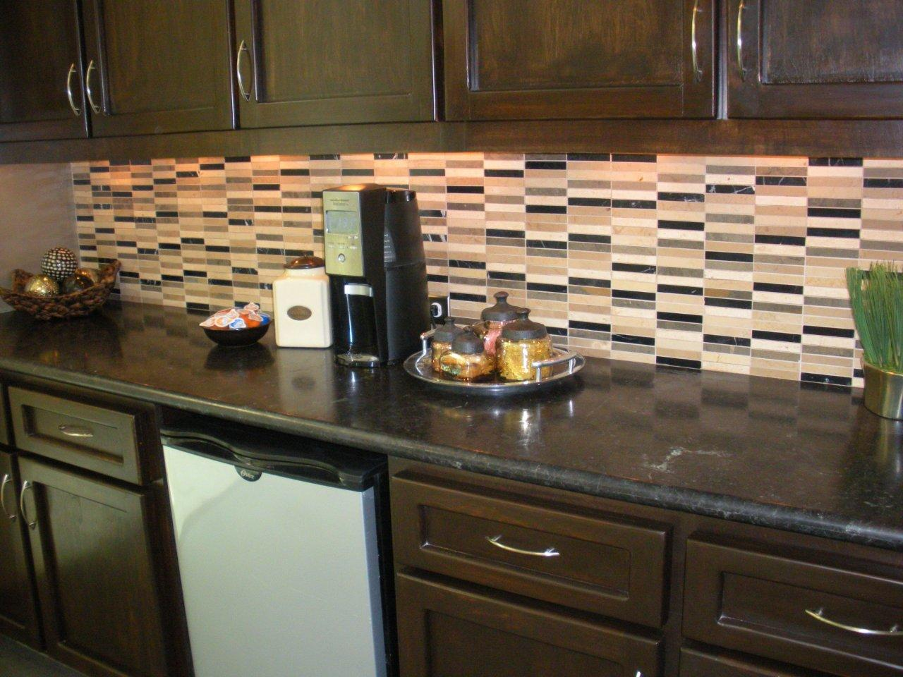 kitchen and bathroom designs countertops backsplash