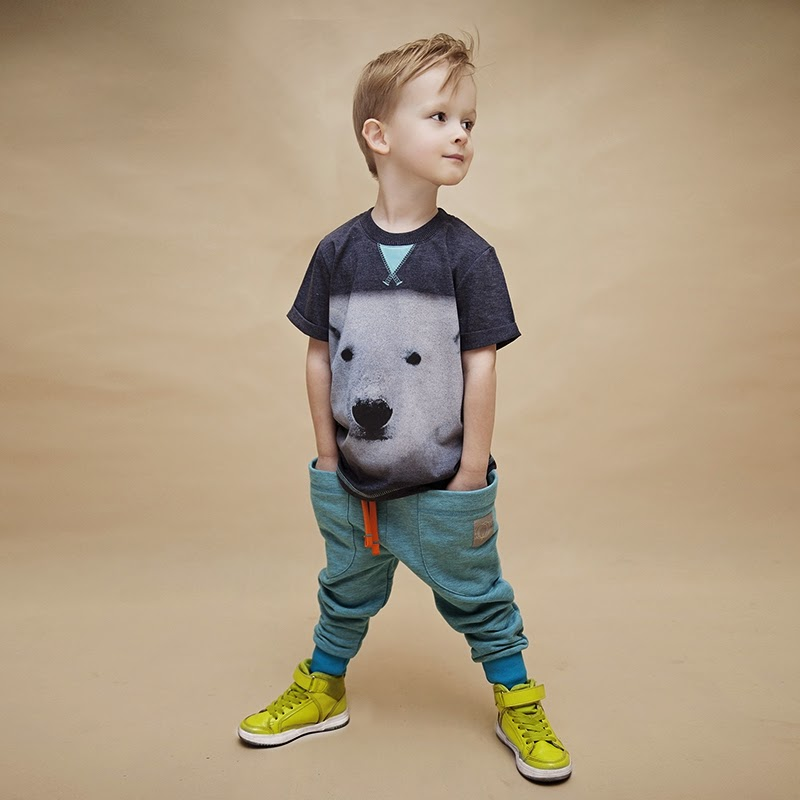 Big scale polar bear print by kidswear brand WataCukrowa from Poland