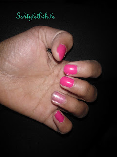 REVIEW: Maybelline 40second Express Finish Nail Colour in Fuschia image