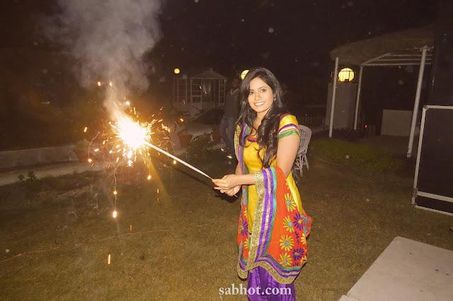 Hot Miss pooja unseen pics