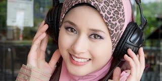 Kata Mutiara Islami Tentang Kekayaan, Inggris-Indonesia Terbaru