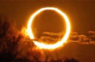 Gerhana Matahari Ring Of Fire Hiasi Langit Siang Ini