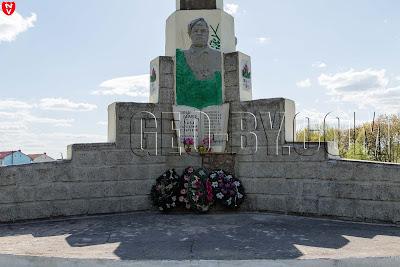 Вишнево. Памятники Великой Отечественной войне