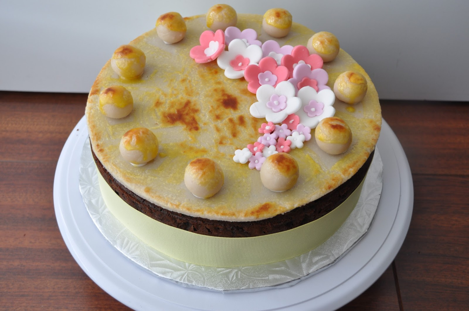 Sew Lah Tea Dough: A Taste of Britain: Easter Simnel Cake
