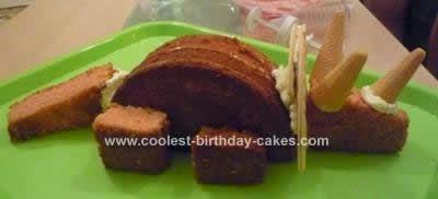 Fa a voc mesmo festa dinossauros prosa de m e for How to make a dinosaur cake template