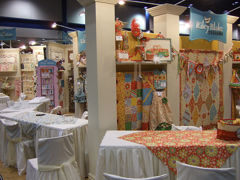 Jina's World Of Quilting: Fall Quilt Market Houston 2011 Day 4