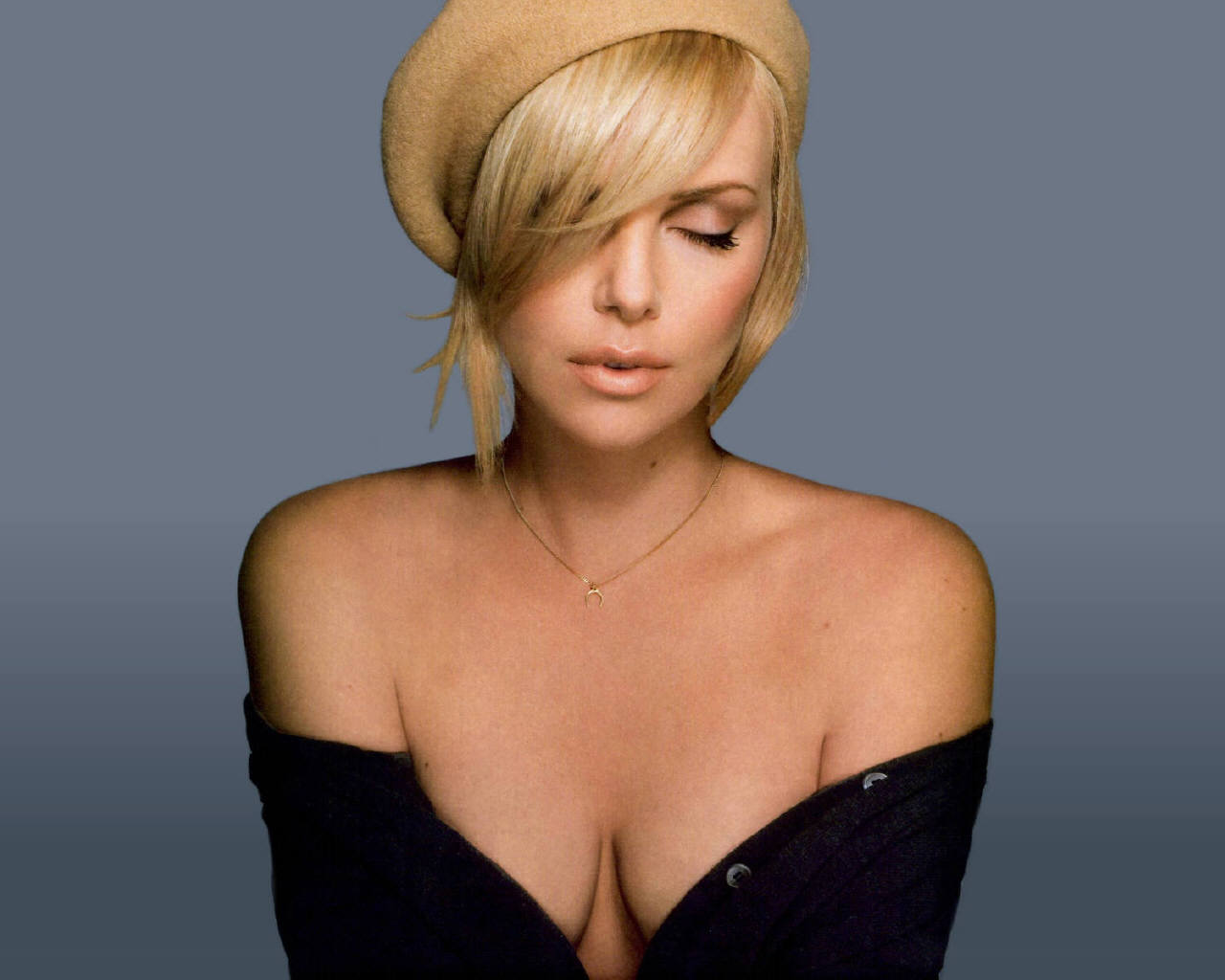 Charlize Theron Hairstyles The Latest Hairstyle Appearance