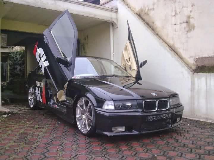 Blogging Seo Friendly: Spesifikasi dan Kelebihan Mobil BMW 318i on bmw 316ti, bmw alternator, bmw 525ix, bmw 528it, bmw 518i, bmw 740il, bmw 320ci,
