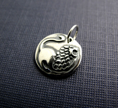 beth hemmila hint jewelry sterling silver charm courage lion leo