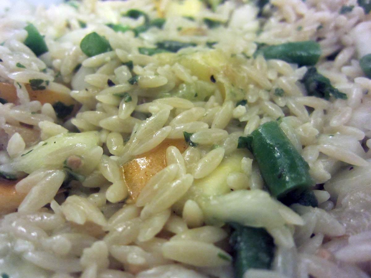 Saturday's Mouse: Basil Parmesan Salad Dressing