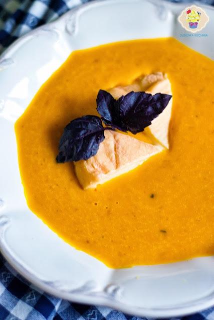 zupa krem z dyni, krem z dyni z pomarańczą, krem dyniowy z serem