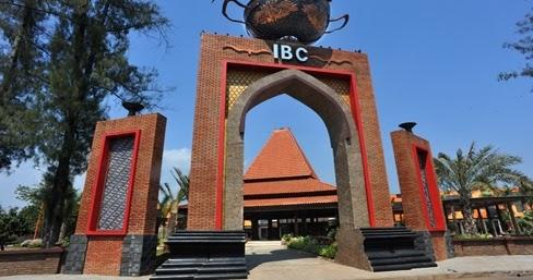 ... Central Java Indonesia: International Batik Center - Batik Pekalongan