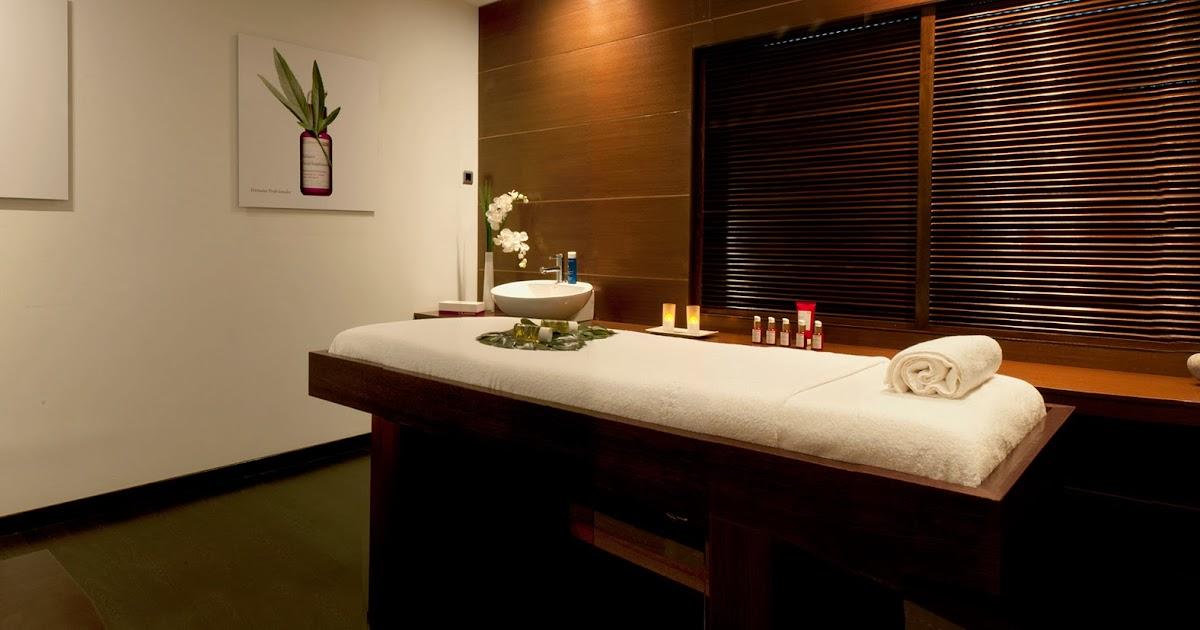 Loca por los tacones nuevo spa de clarins en madrid for Clarins salon