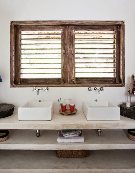 modern rustic bathroom