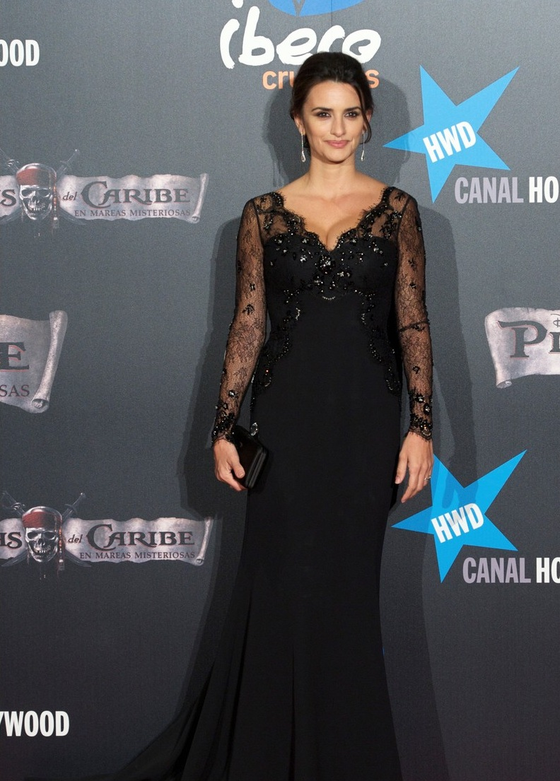 Black dress hairstyle - Penelope Cruz Hair Long Hairstyle 2011 Hairstyle 2011 New Long Hairstyle 2011