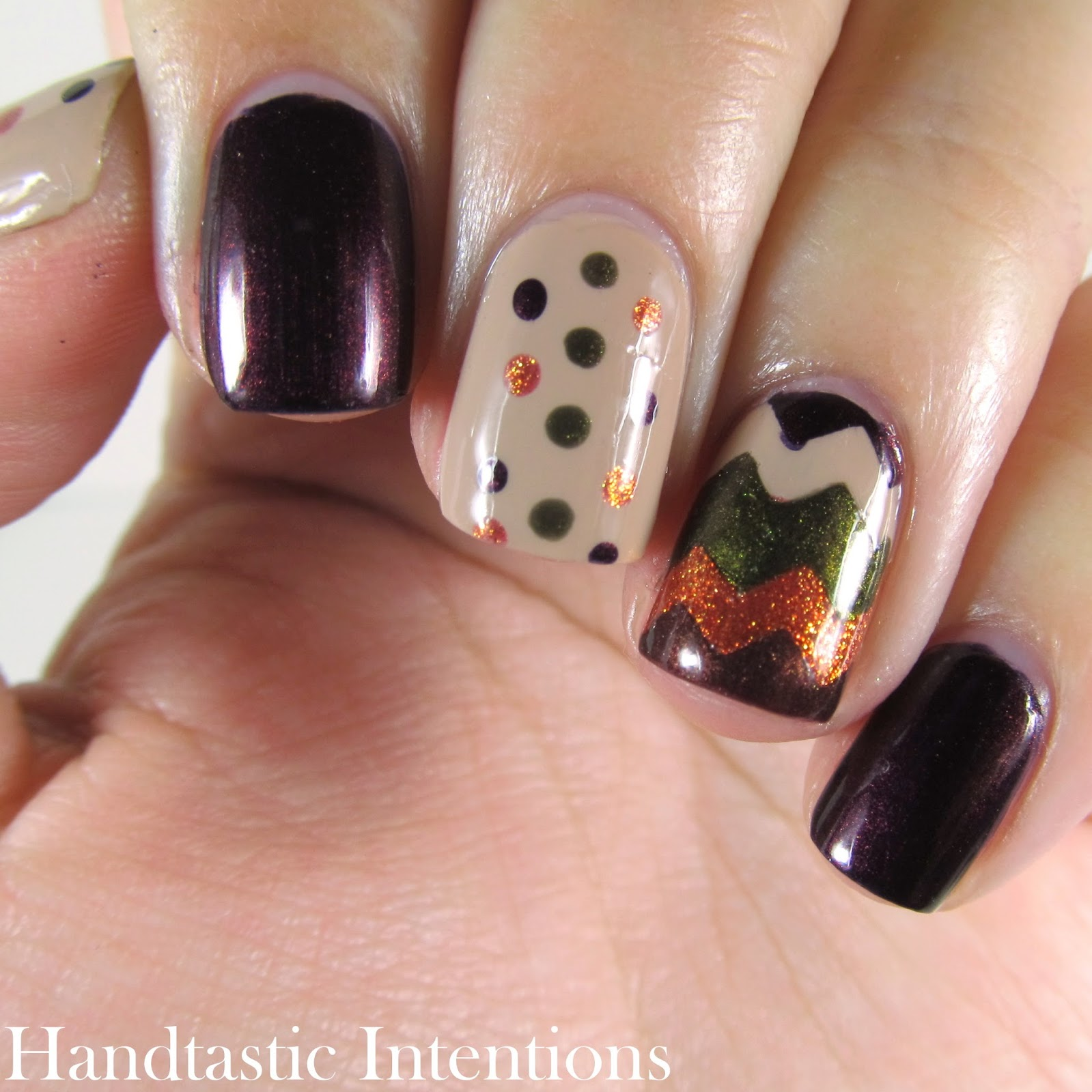 Handtastic Intentions: Fall Chevron Nail Art