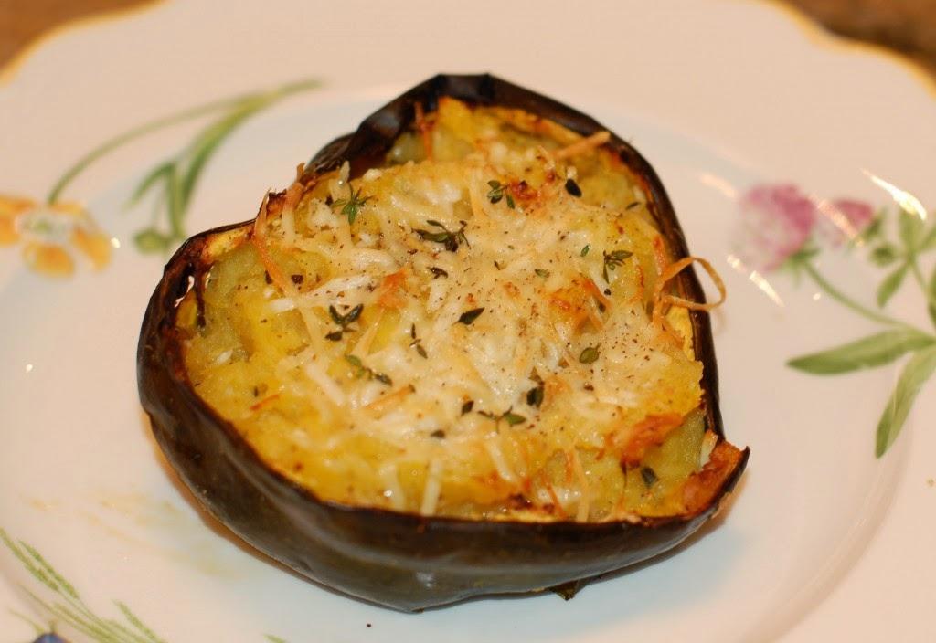 http://www.nutritioulicious.com/2013/02/creamy-baked-acorn-squash-recipe/