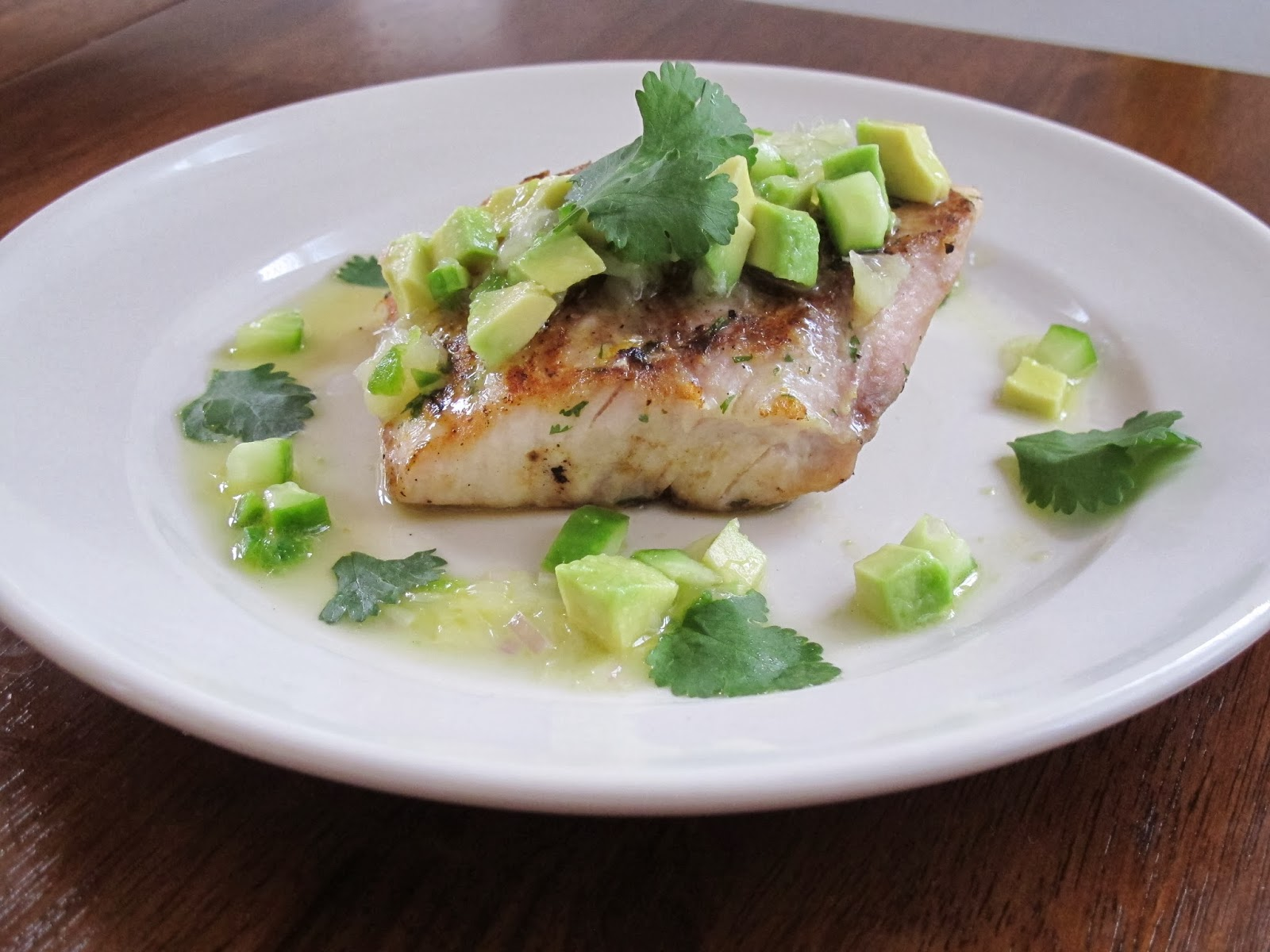 Grilled Mahi Mahi with Grapefruit Avocado Salsa