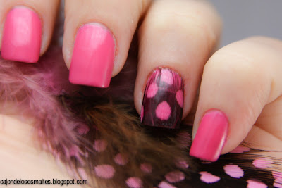 Colorama Flor do deserto - Feather nail art - Plumas