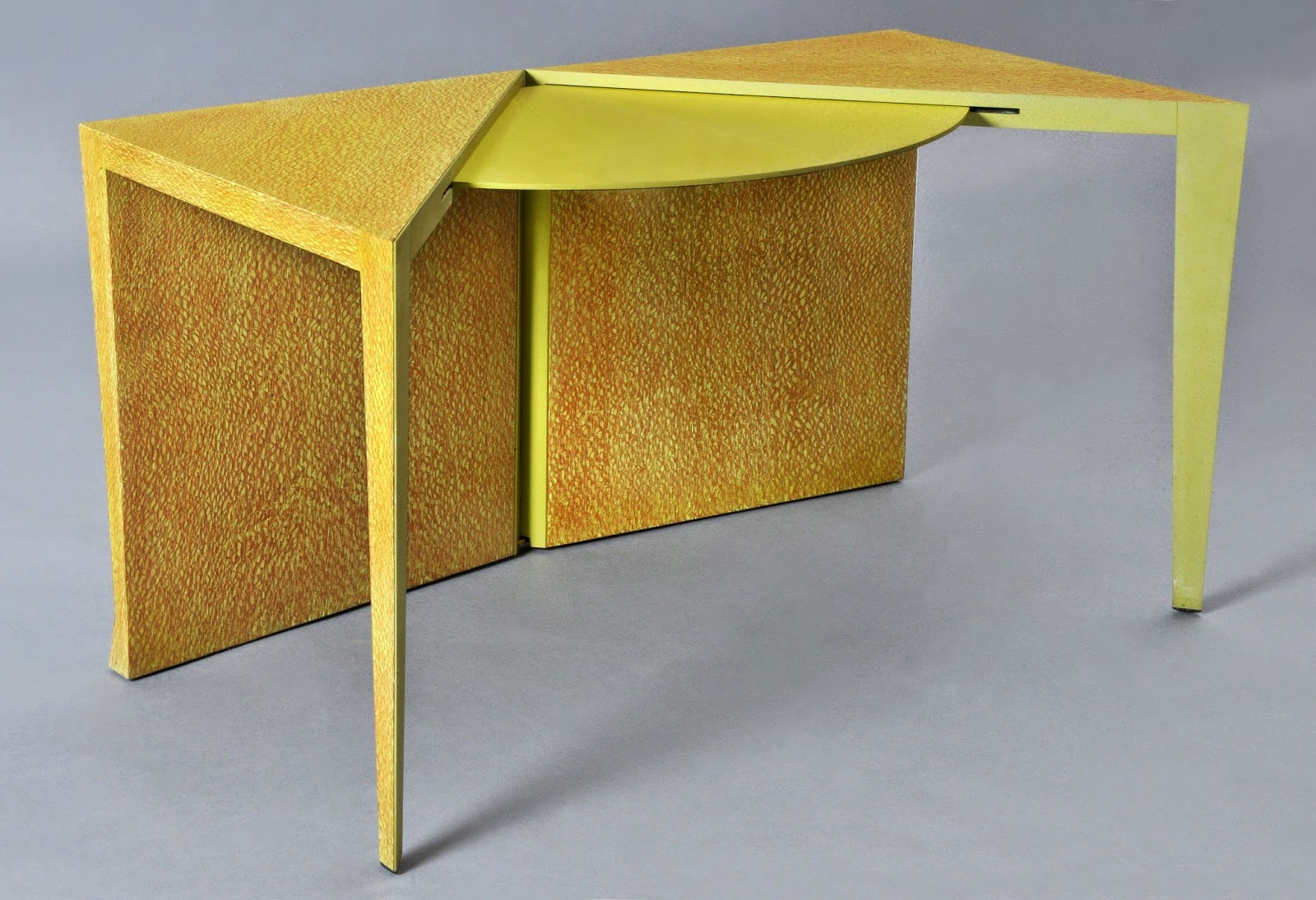 blog de phaco expo a tables avec le mobilier national. Black Bedroom Furniture Sets. Home Design Ideas