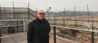 Când moartea domneṣte în spatele unui gard de sârma ghimpată - experienţa Coreei de Nord