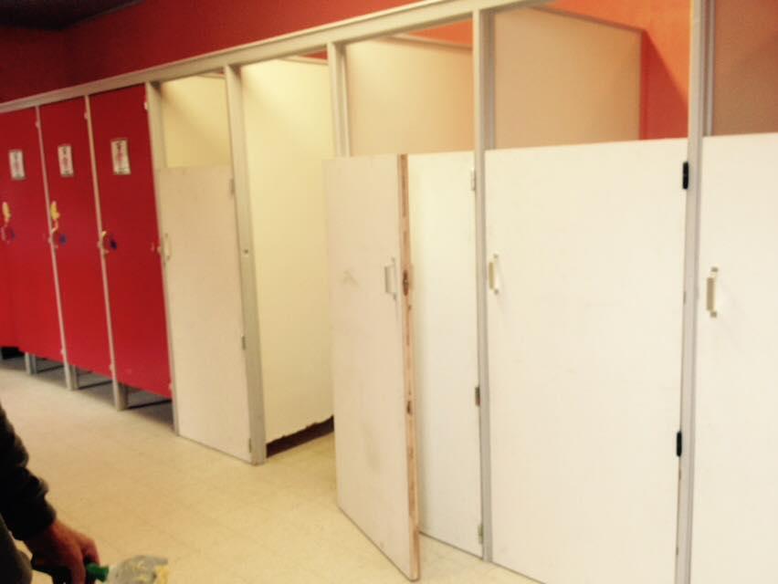 Nieuwe wc-deurtjes!