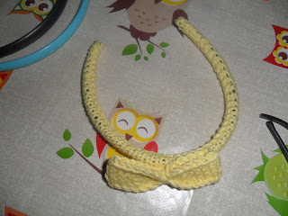 DIY hairband for dolls