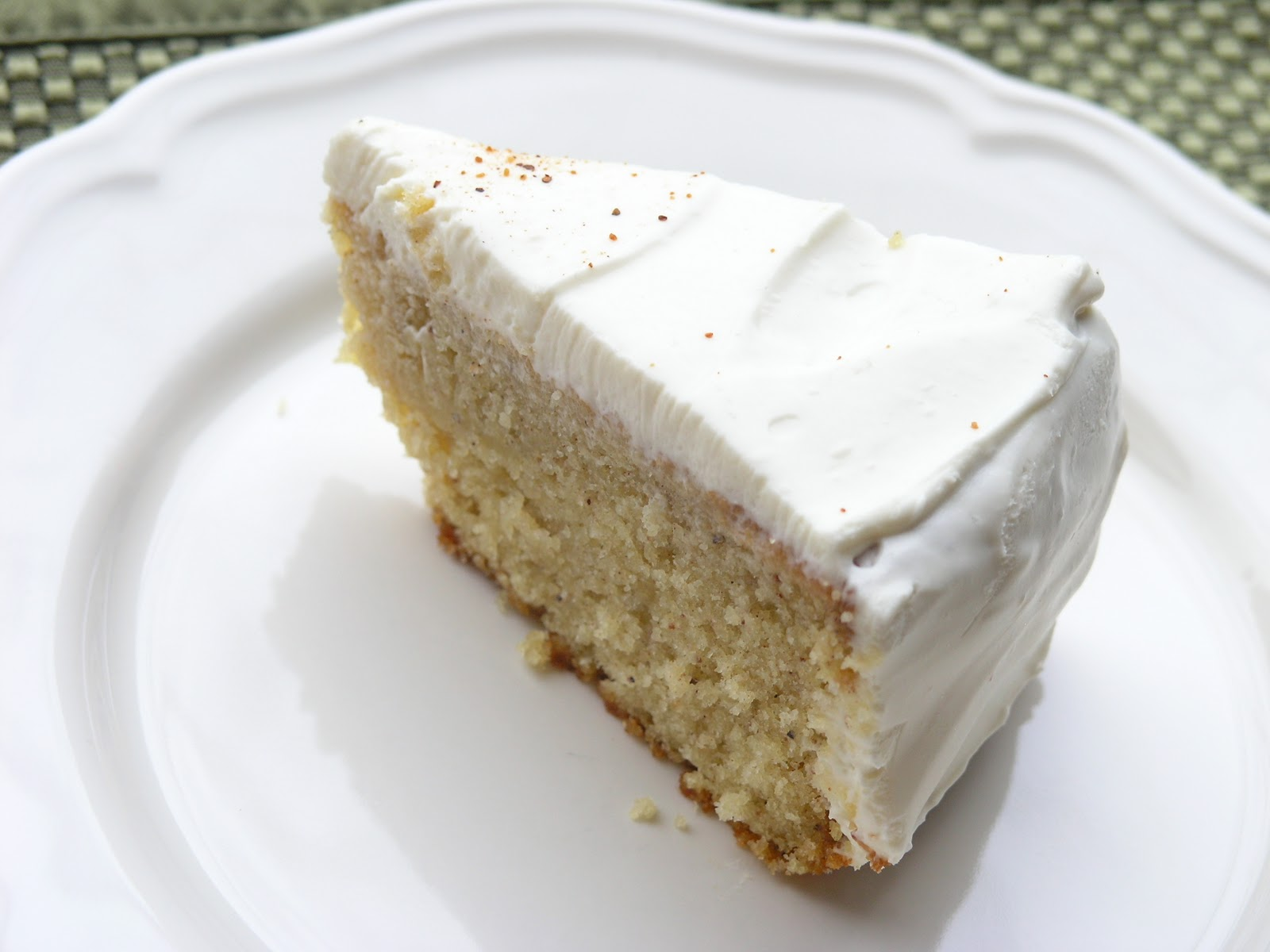 pretty kitten's kitchen: Grandma Zina's Nutmeg Feather Cake