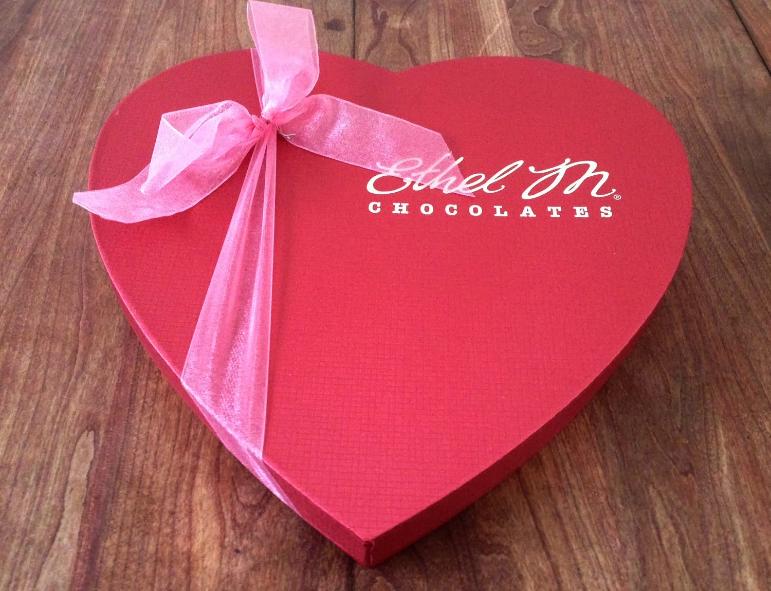 MOMMY BLOG EXPERT: Ethel M Chocolates Heart Gift Box Perfect ...