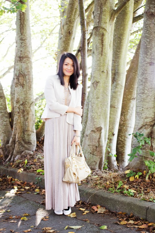 Crop top for fall, fall outfit, maxi dress, vancouver fashion blogger