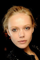 Makeup Trends 2012, trend make up, trend make up 2012, latest make up trends, make up trends 2011, winter make up trends, eye makeup trends 2012, spring summer makeup trends 2012, Tendencias en maquillaje 2012_labios rojos4.jpg