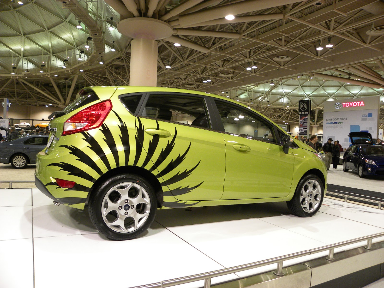 Car design sticker stripes - Yesterday S Post Featured A Car With Le Mans Racing Stripes So I Thought Today We D Have Ourselves A Little Exploration Into All These Stripes And Decals