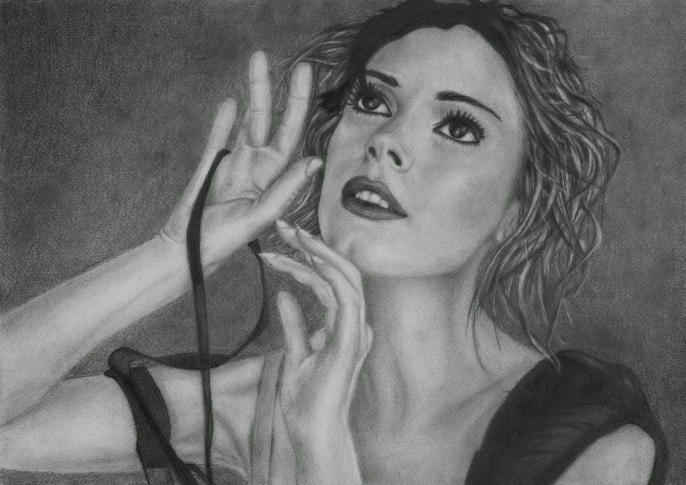 Rose McGowan original detailed pencil drawing by artist Dean Sidwell. Size A4