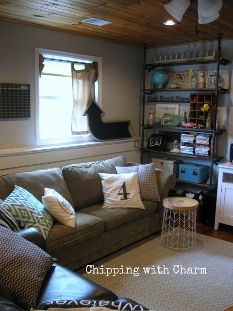Chipping with Charm: Family Room Redo...www.chippingwithcharm.blogspot.com