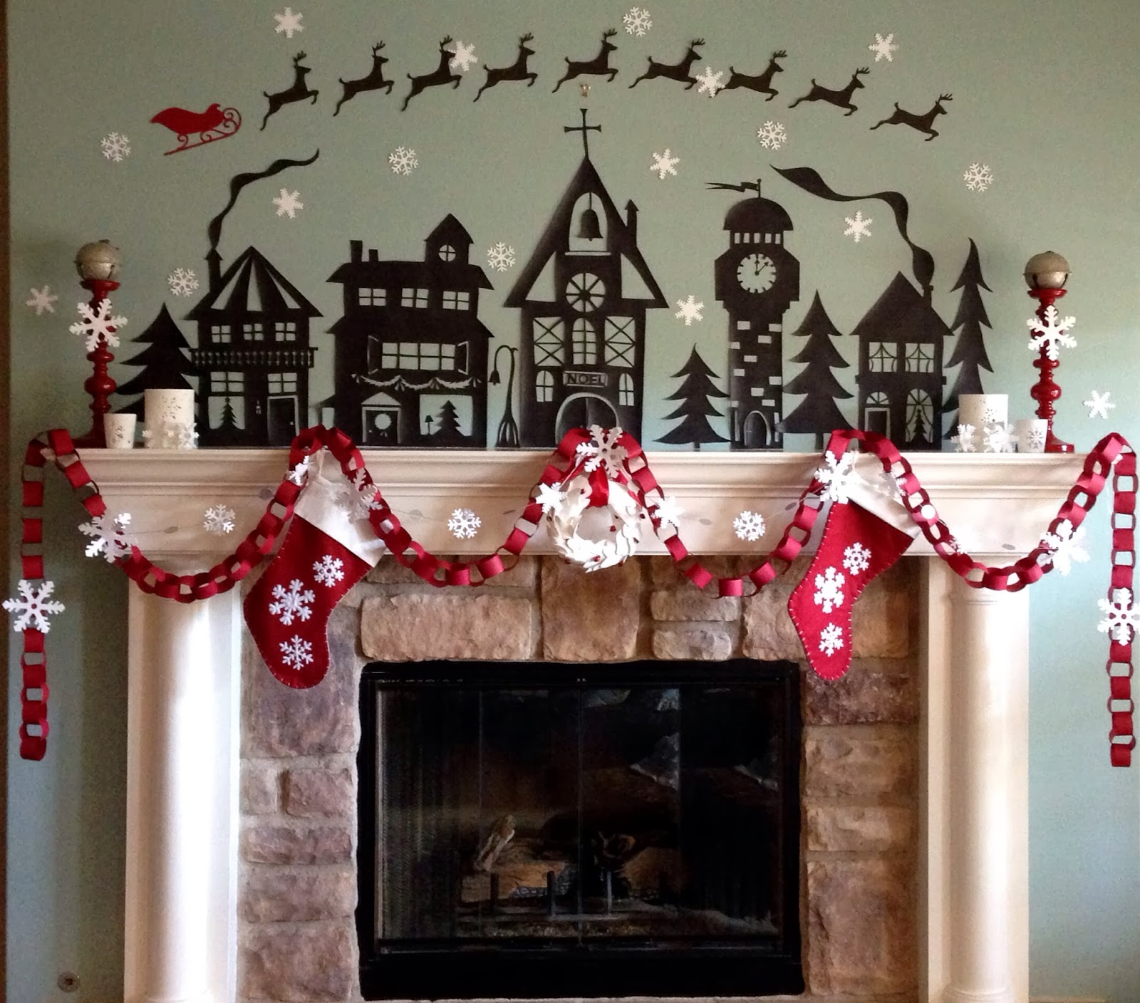 Secondsister suaviloquy paper garlands are classic - Decorations de noel a faire ...