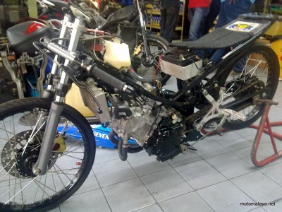 Foto Modifikasi Yamaha Rx King Drag