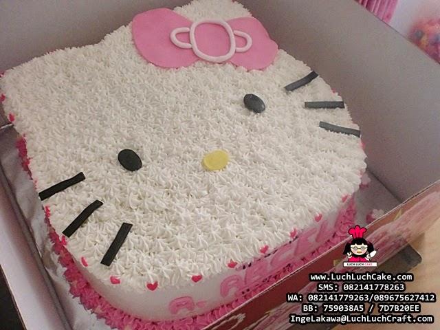 Kue Tart Ulang Tahun Kepala Hello Kitty 3D Luch Luch Cake